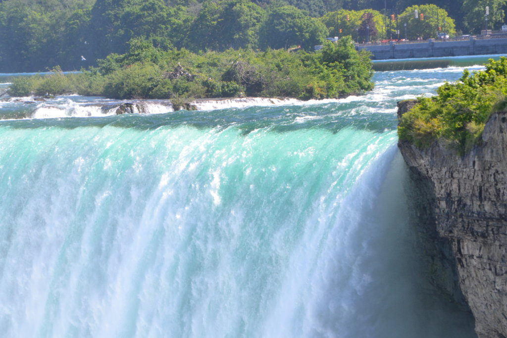 chutes du niagara - Table rock welcome center niagara falls canada usa horseshoe falls