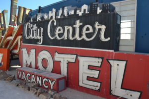 Neon Museum - city center motel neon las vegas enseigne