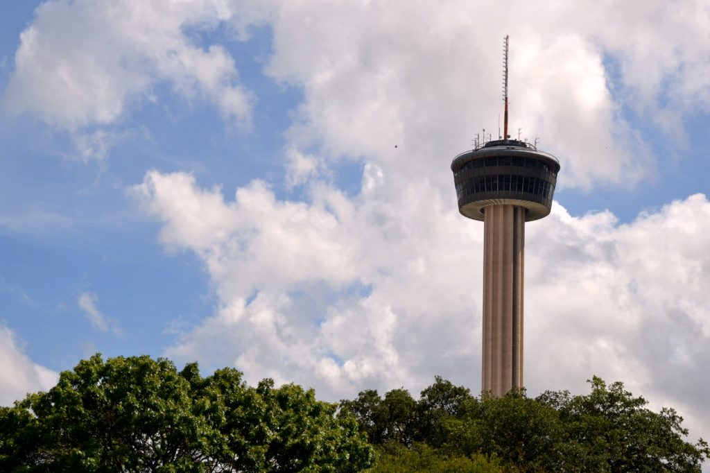 Visiter San Antonio - Tower of the Americas texas usa building normands voyageurs